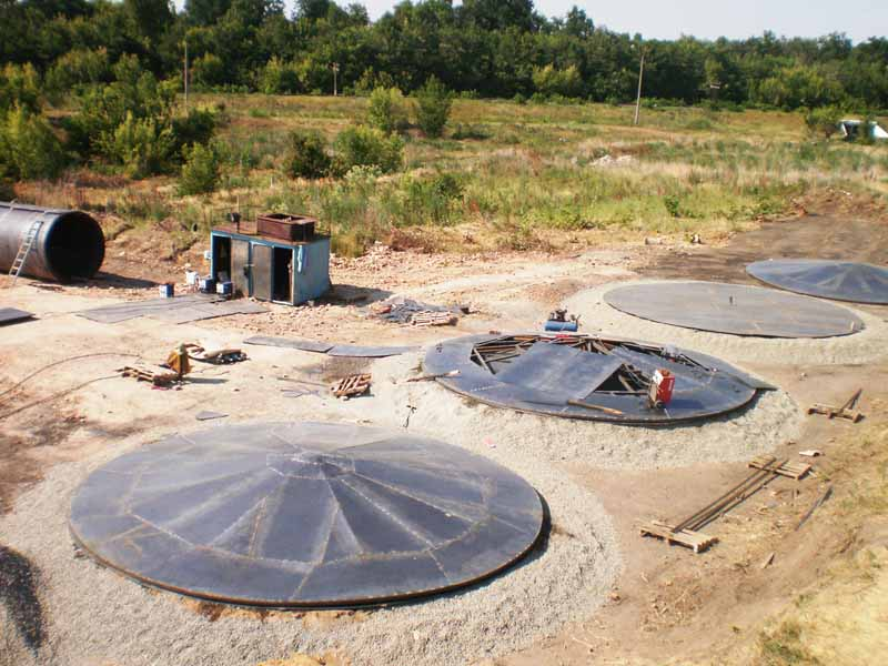 P3220137 1 База для хранения жидких минеральных удобрений